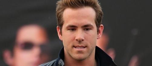 Ryan Reynolds paseando por Nueva York