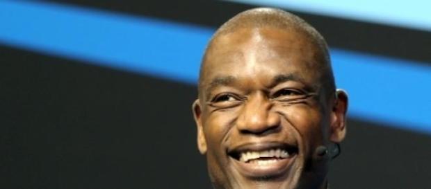 Dikembe Mutombo encabeça a lista de nomeados.