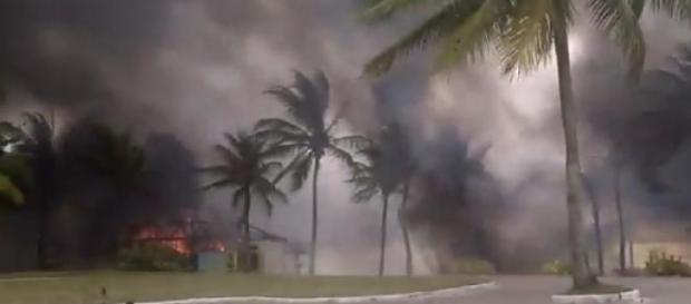 Incêndio hoje no Guarujá-SP.