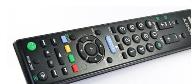 Programmi Tv stasera Rai e Mediaset, 8 aprile 2015