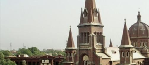 Church in Karachi - Easter celebrations.