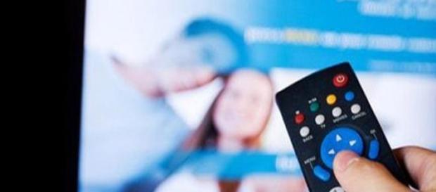 Programmi Tv stasera Rai e Mediaset, 9 aprile 2015
