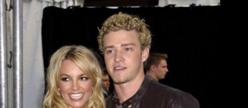 Britney Spears sorprende a Justin Timberlake.