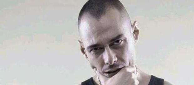 Fabri Fibra, rapper marchigiano