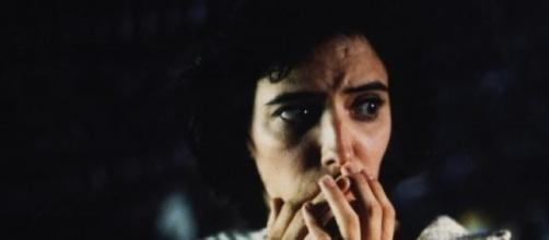 """Ana Torrent en """"Tesis"""", la ópera prima de Amenábar"""