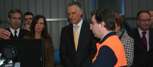 Cavaco Silva aprende como funciona o Portal