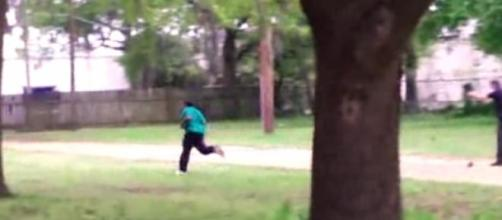 Gruesome video shows Walter Scott being shot.