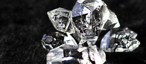 A desire for diamonds: some extraordinary heists