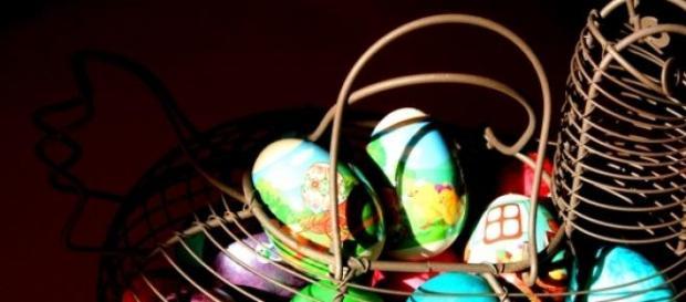 Tradiţii de Paşti: ouă vopsite