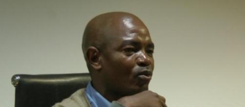 Ângelo Kapwtcha no quintas de debate
