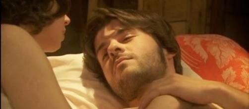 Gonzalo fa l'amore con Maria, Fernando li divide?