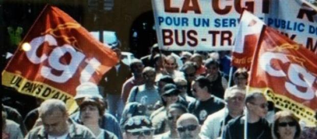 1er mai: un baroud d'honneur pour les syndicats