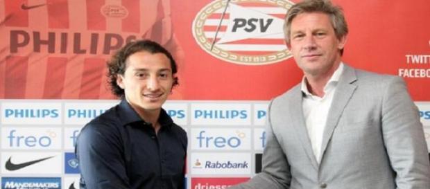 Andrés Guardado ha firmado con el PSV