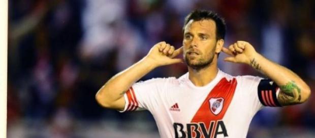 Con 107 goles, es 10º goleador histórico del club