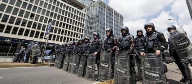 No expo, scontri a Milano