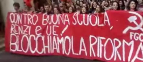 Scuola, Facebook dice no al ddl Renzi