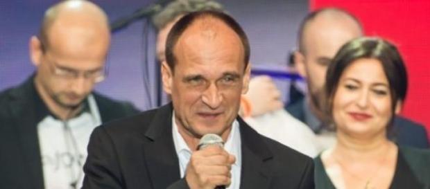Paweł Kukiz podczas wieczoru wyborczego