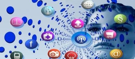 Cada vez más políticos usan Facebook y Twitter