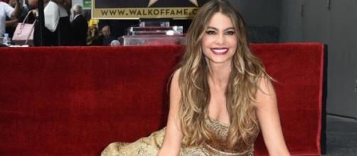 Sofia Vergara recebeu estrela no Passeio da Fama