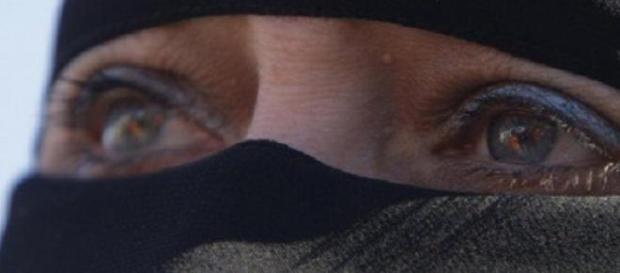 Isis e violenza sulle donne: nuovo orrore
