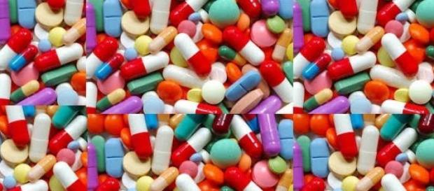 la industria farmacéutica presiona a los políticos