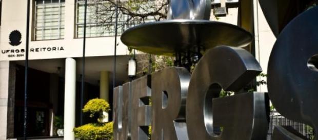 UFRGS abre concurso para comunicação