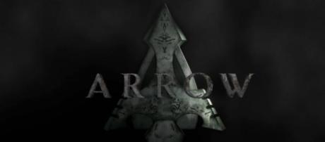 The Flash e Arrow replica 12-05