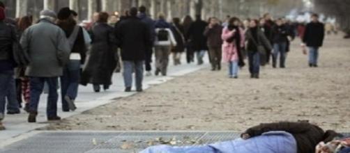 Povertà ed indifferenza urbana.