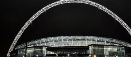 Swindon & Preston will meet in the Wembley final