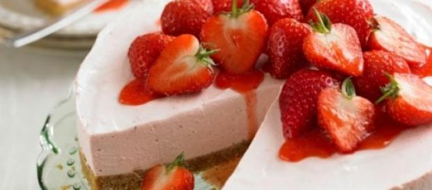 cheesecake americana alle fragole