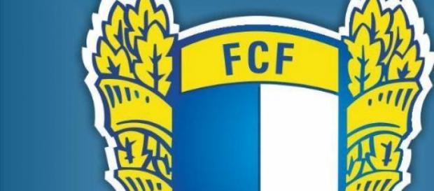 Famalicão alcançou 2ª Liga, 19 anos depois.