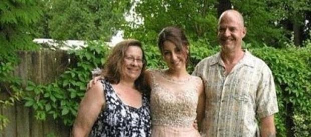 Randy com a mulher e a filha, de 19 anos