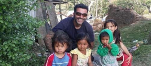 El bombero cordobés Antonio en Nepal