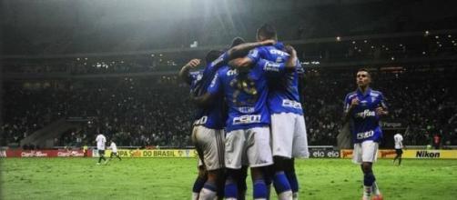 Palmeiras marca cinco vezes na segunda etapa