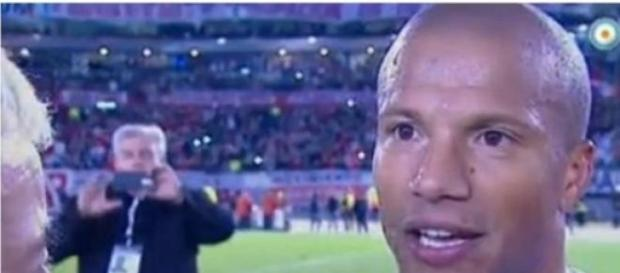 Carlos Sánchez, implicado en rumores por Calvari