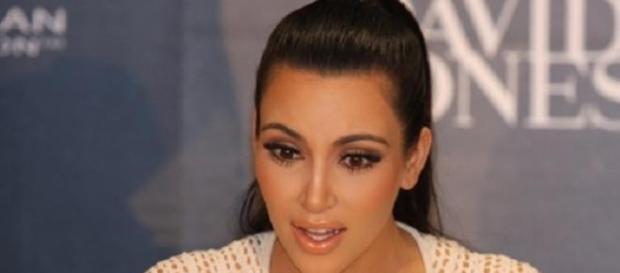 Kim Kardashian attendrait un bébé!