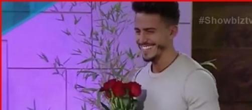 Marco le pide a Aylén que sea su novia
