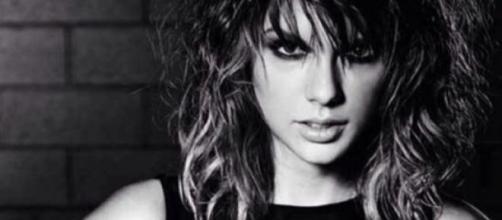 Taylor swift es catástrofe en el video musical