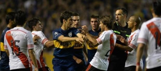Boca y River definen hoy quien se queda en la copa