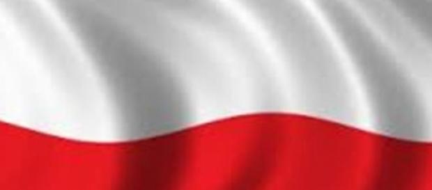 Flaga Polski zawisła na Szpiegowie