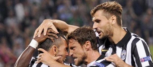 Los jugadores de Juventus festejando un gol