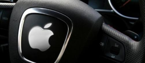 Desenvolvimento do iCar pode unir Apple e FCA