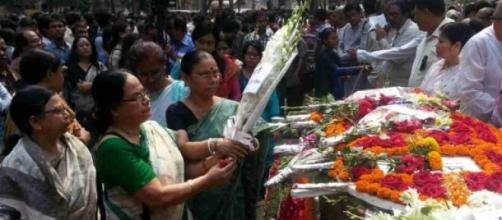 Killed bloggers mourned in Bangladesh