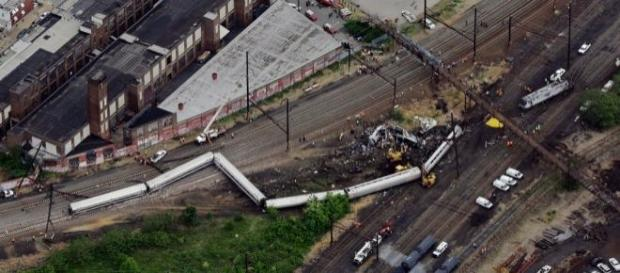 Filadelfia, deragliamento del treno Amtrak 188