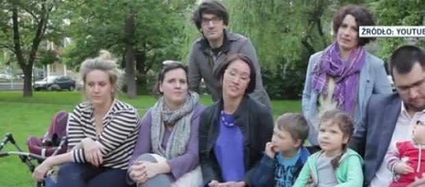 Kadr spotu dzieci Komorowskiego, YouTube