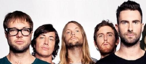 Afiche de la banda estadounidense Maroon 5