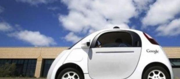 Google: Maşini-robot pe drumurile publice