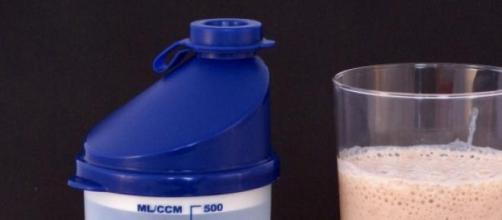 Envase habitual de proteínas para deportistas