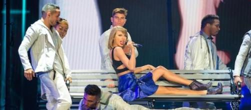 Taylor Swift sang for over two hours.