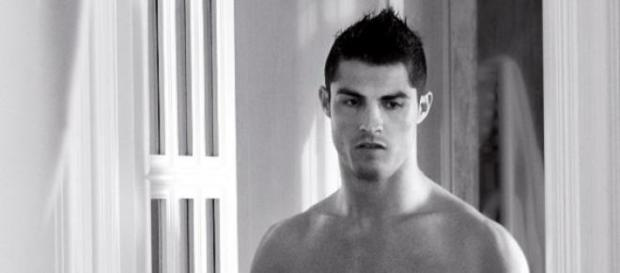 Cristiano Ronaldo ist der bestbezahlte Fußballer